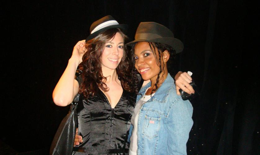 nuelle with her friend and singer Daniela Pobega in Milano backstage of Michael Jackson's tribute Show